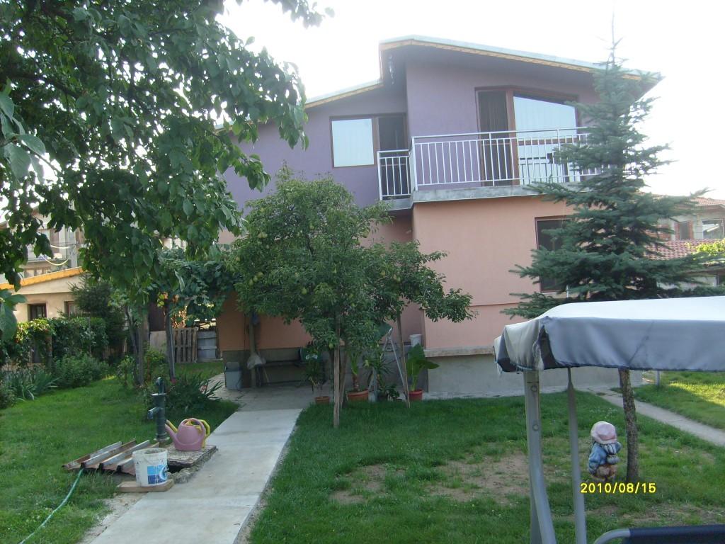 Изглед на къщата отвън